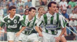 Galeano (aqui com Dorival Júnior) foi campeão em Caxias.