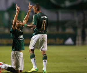 Kardec e Wesley colocaram o Palmeiras na semifinal